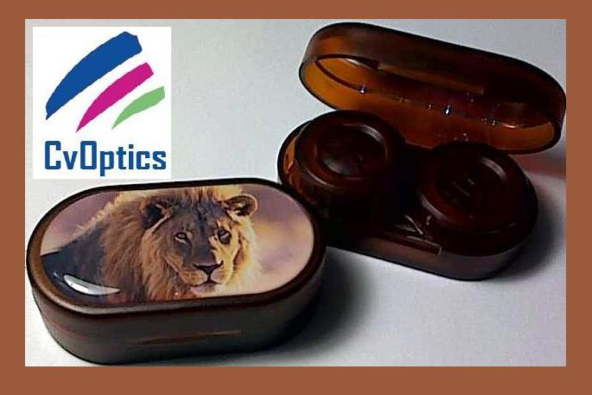 Lion Endangered Species Contact Lens Soaking Case