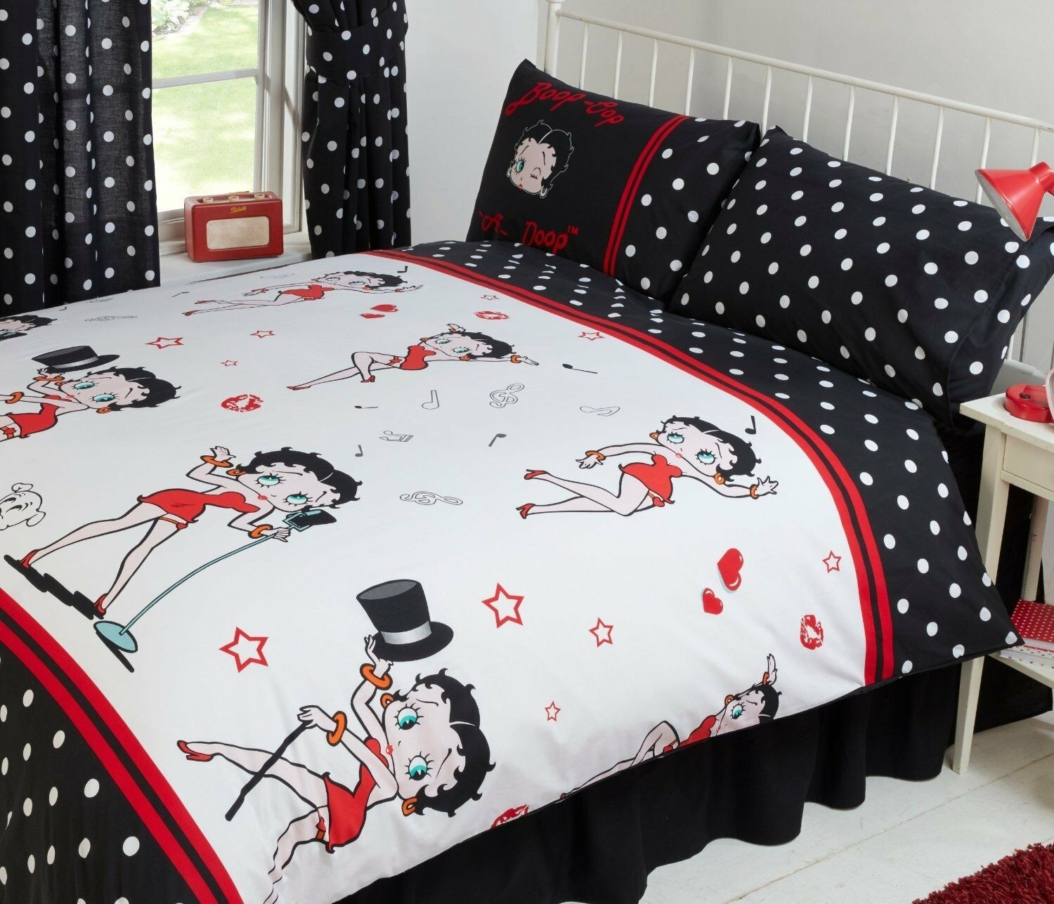 Single Size Official Betty Boop Picture Superstar Design Duvet Cover & Matching Pillowcase