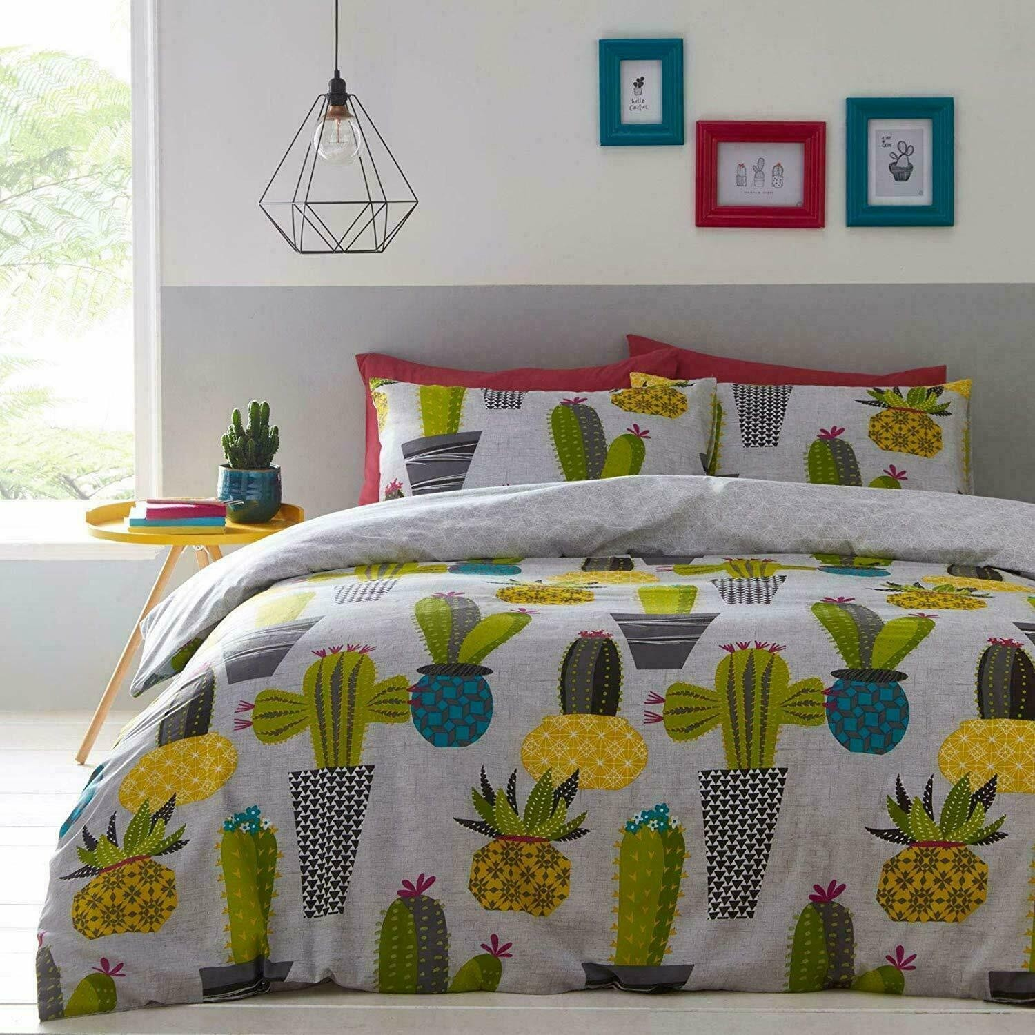 Double Size Potted Cactus Design Reversible Duvet Cover & Matching Pillowcases