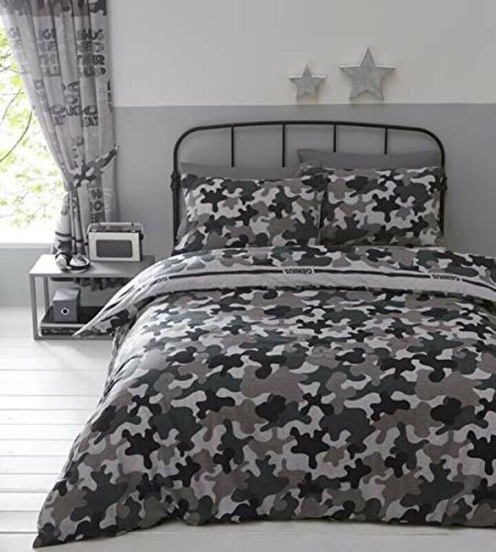 Double Size Camouflage Army Print Design Reversible Slogan Duvet Cover & Matching Pillowcase