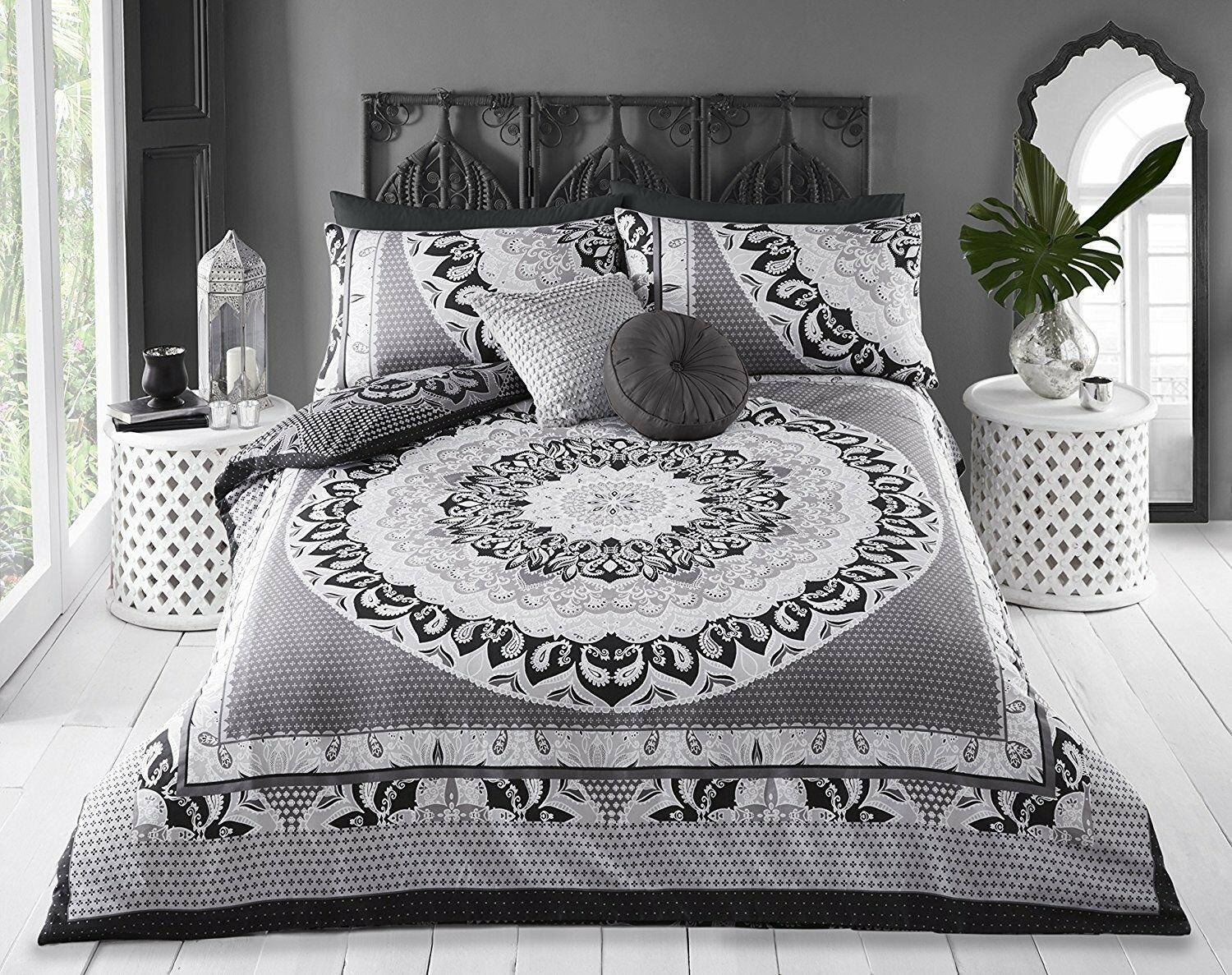 Super King Size Mandala Print Black Grey White Design Duvet Cover & Matching Pillowcases
